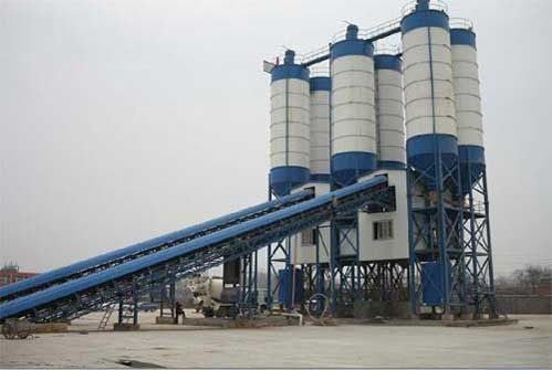 Difference Between Engineering and Commercial Concrete Plant